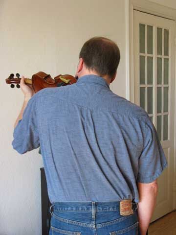 violinhold07